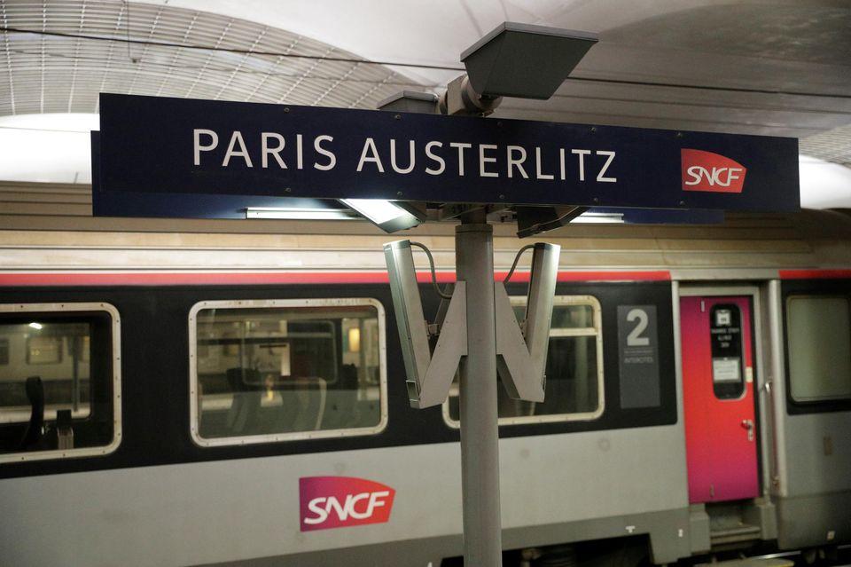 Paris to Bordeaux train