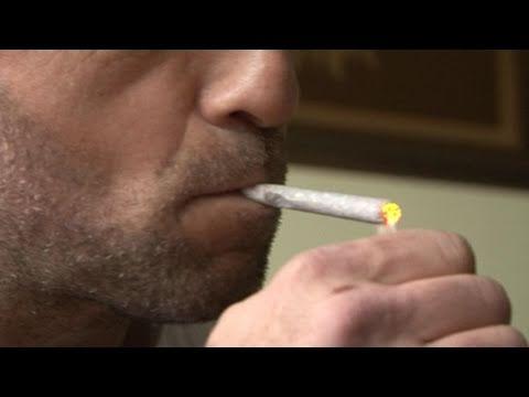 Site de rencontre pour fumeur de weed – Alice and Ann