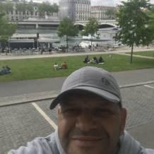 Beur viril à Villeurbanne cherche mec pour plan - Rencontre Gay Lyon