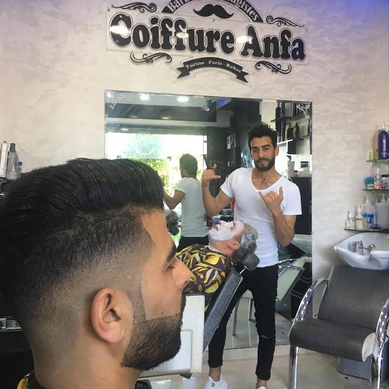 cherche coiffeur pour homme)