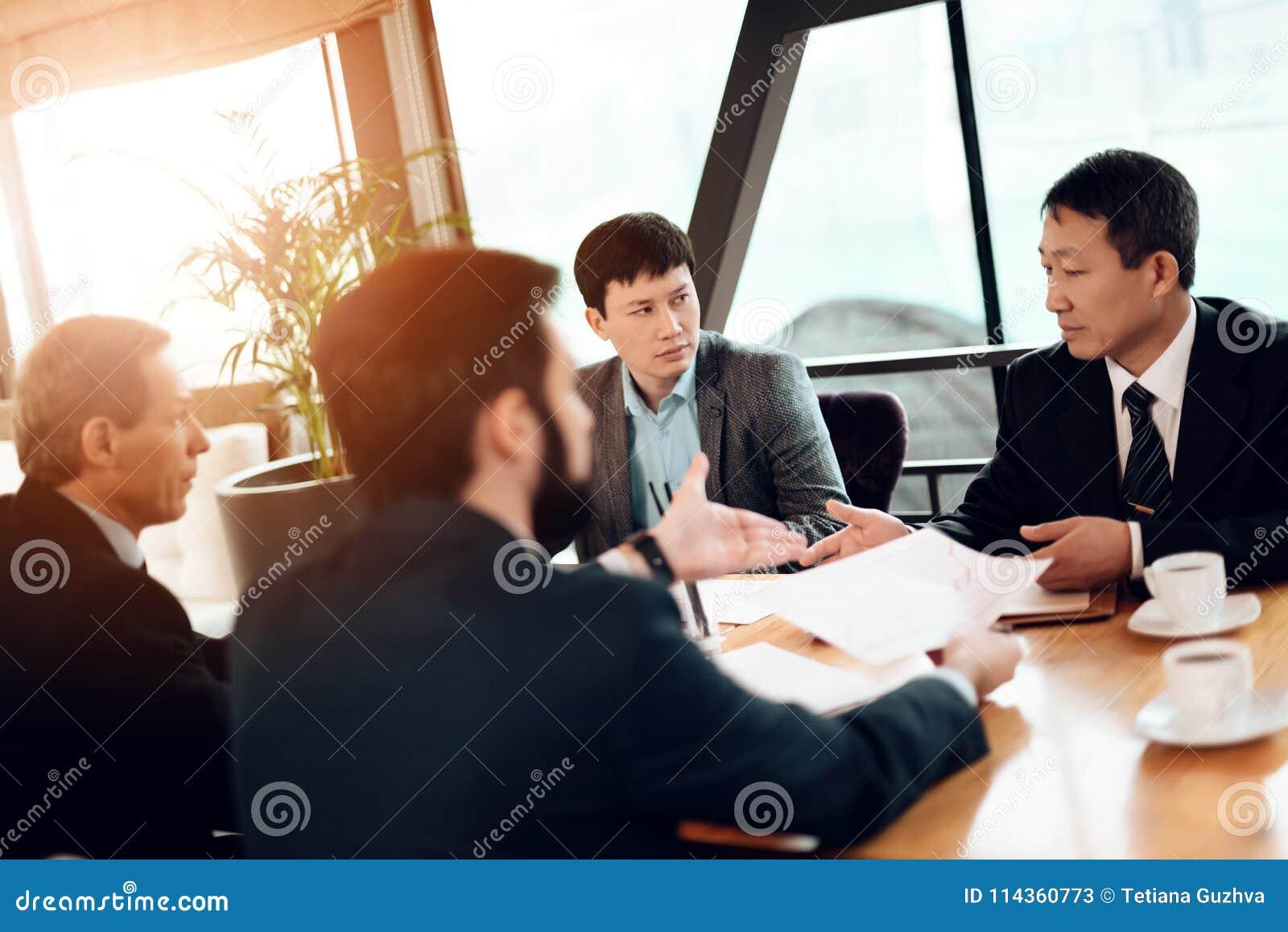 rencontre d homme d affaire description type pour site de rencontre