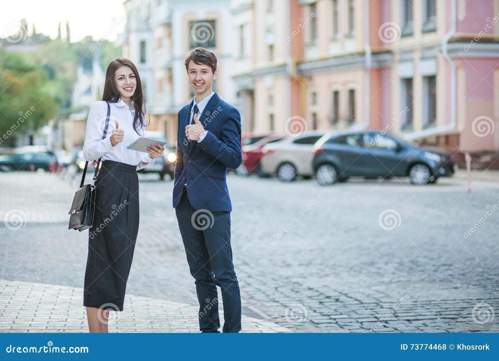 rencontre homme femme d affaire comment flirter avec son meilleur ami